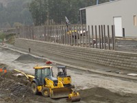 4500 sq.ft. Lock + Load Retaining Wall for Ledcor Construction at Winroc Warehouse in Goldstream Industrial Park, Victoria, BC.